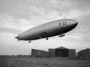 Airship_R33